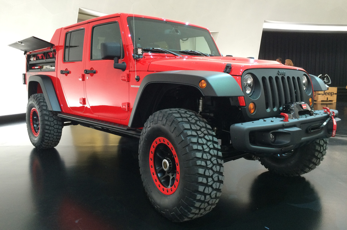 Jeep-Wrangler-Red-Rock-Responder-Concept-front-three-quarter.jpg