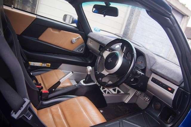 Interior.jpg.3bcaa2e0bcd93aee7833f5a442031d74.jpg