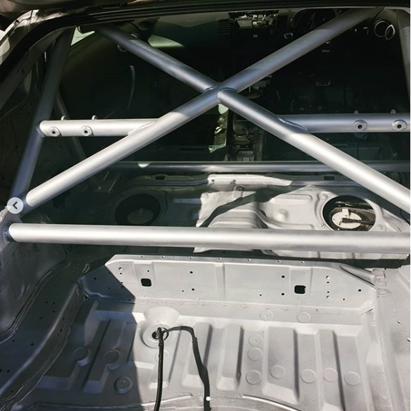 roll-cage-painting-2.png