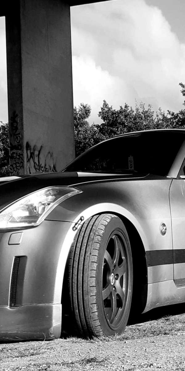 350z Urban photo.jpg
