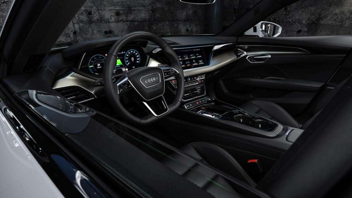 Audi e-tron GT 2021 -14.jpg